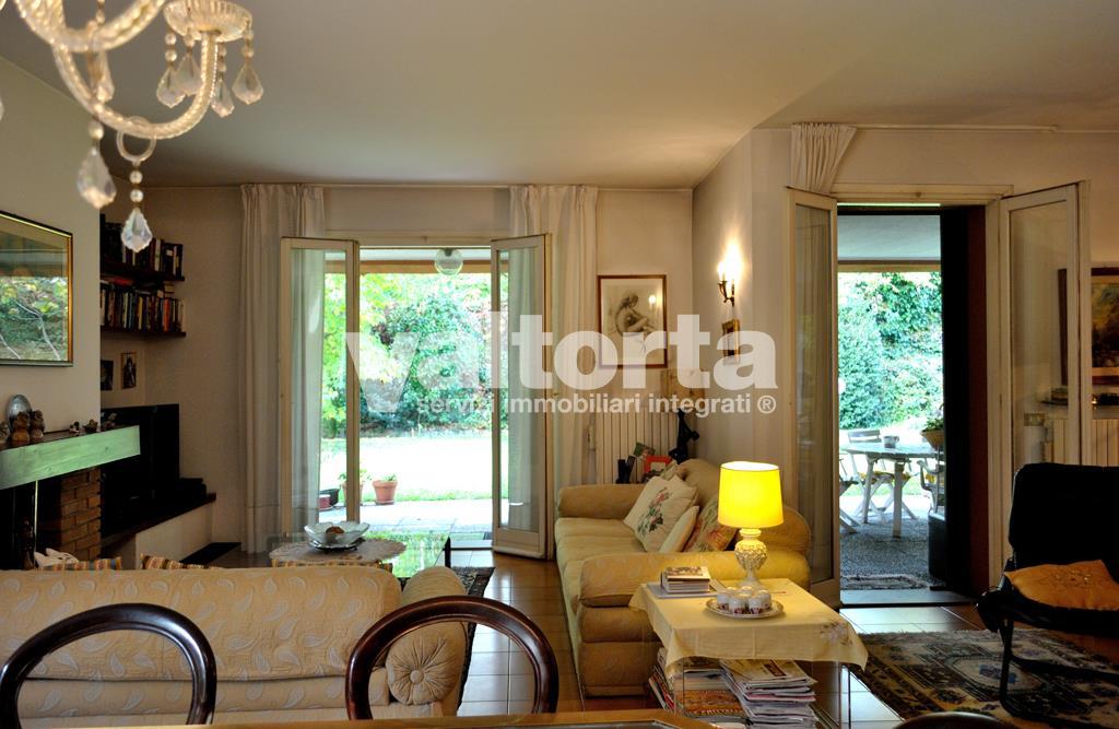 Vendita Villa Via Abbate D\'Adda 77, Arcore — Valtorta Immobiliare