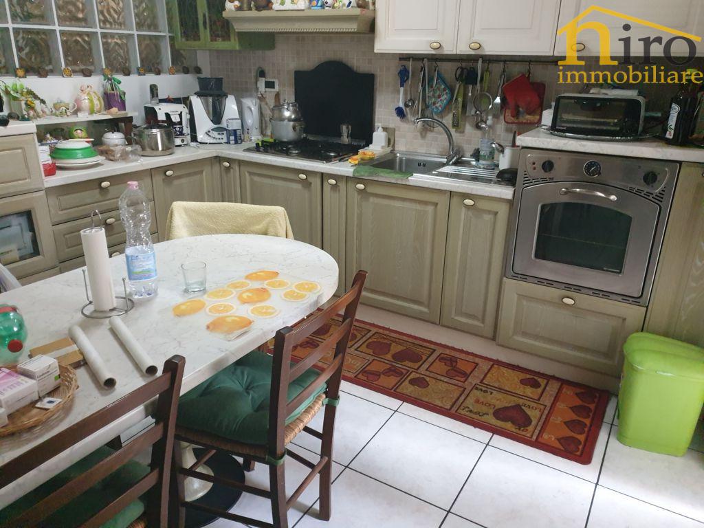Appartamento, 127 Mq, Vendita - Pescara (Pescara)