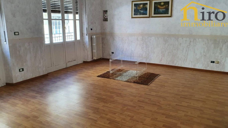 Appartamento in vendita a Pescara, 3 locali, zona ro, prezzo € 200.000 | PortaleAgenzieImmobiliari.it