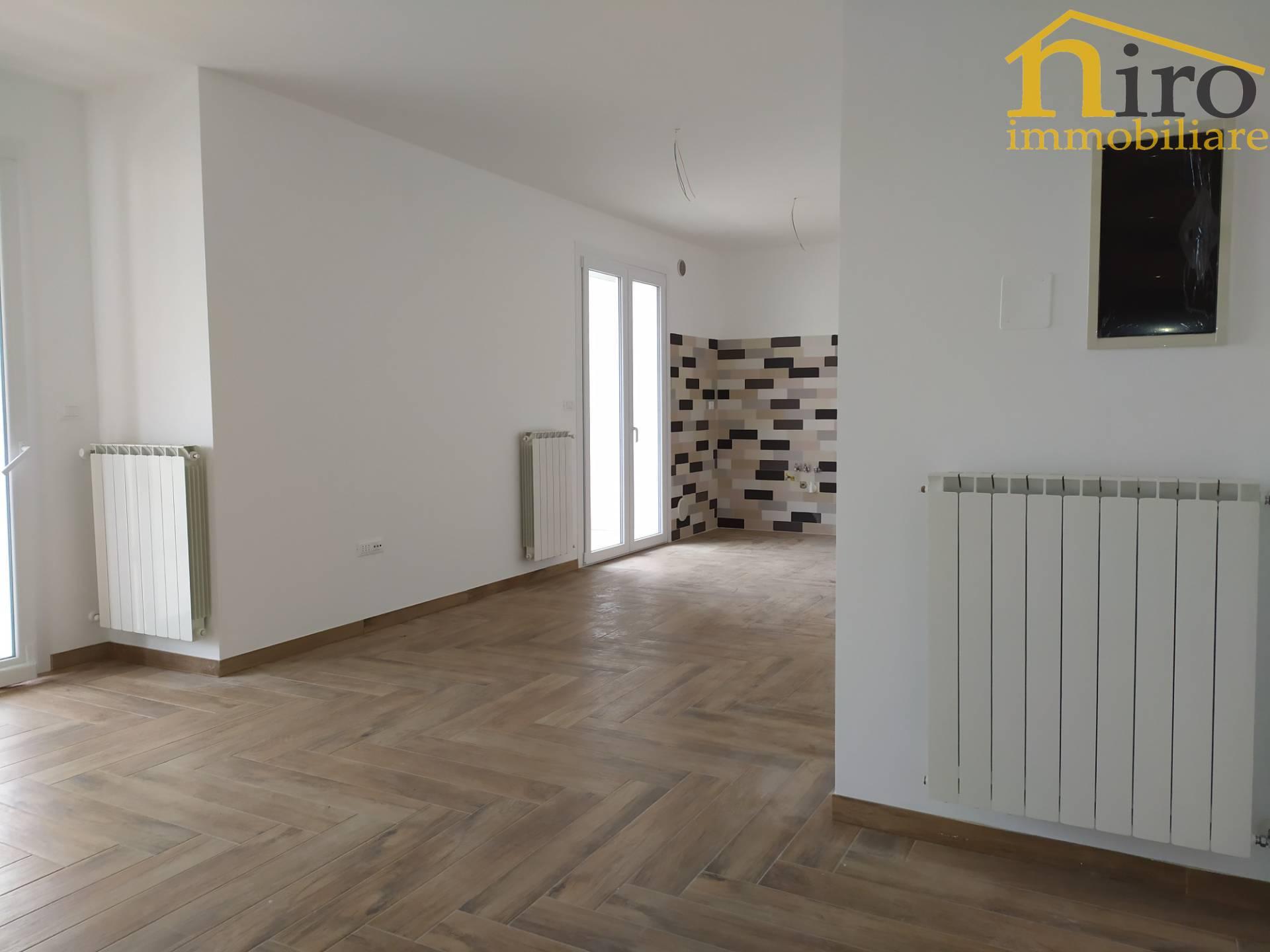 Appartamento in vendita a Francavilla al Mare, 3 locali, prezzo € 200.000 | CambioCasa.it