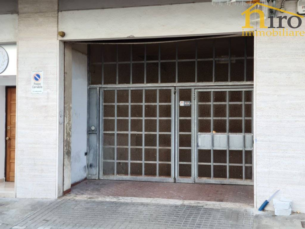 Box / Garage in vendita a Pescara, 1 locali, zona Zona: Centro, prezzo € 30.000 | CambioCasa.it