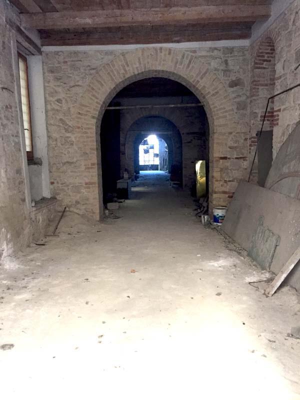 Negozio / Locale in vendita a Ascoli Piceno, 9999 locali, zona Località: CentroStorico, prezzo € 85.000 | CambioCasa.it