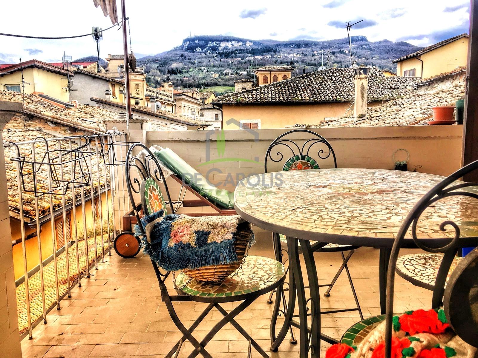 Appartamento in affitto a Ascoli Piceno, 3 locali, zona Località: CentroStorico, prezzo € 400 | CambioCasa.it