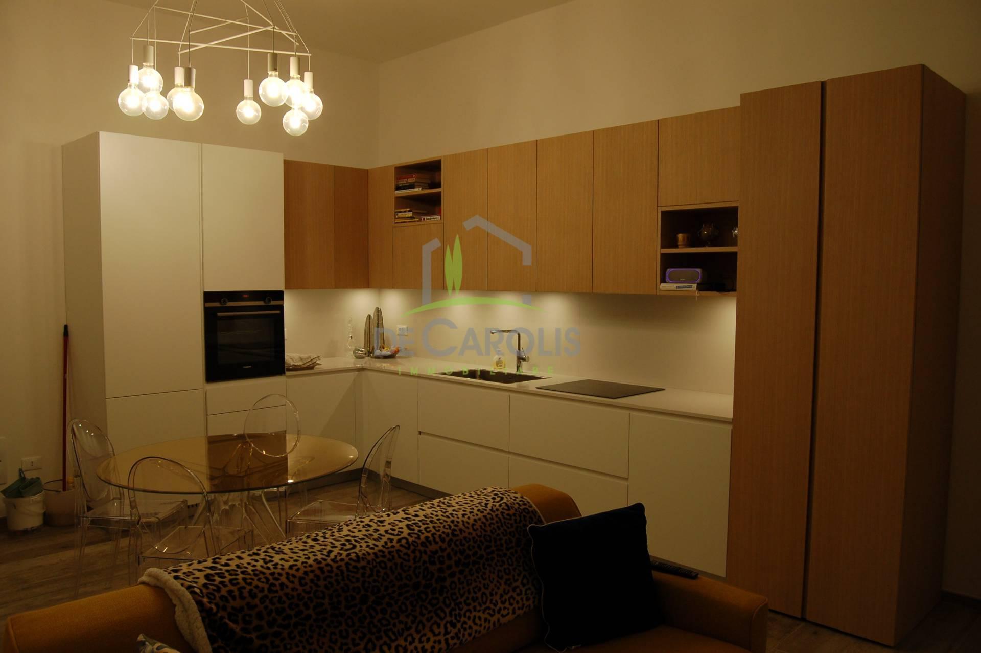 Appartamento in affitto a Ascoli Piceno, 5 locali, zona Località: CentroStorico, prezzo € 700 | PortaleAgenzieImmobiliari.it