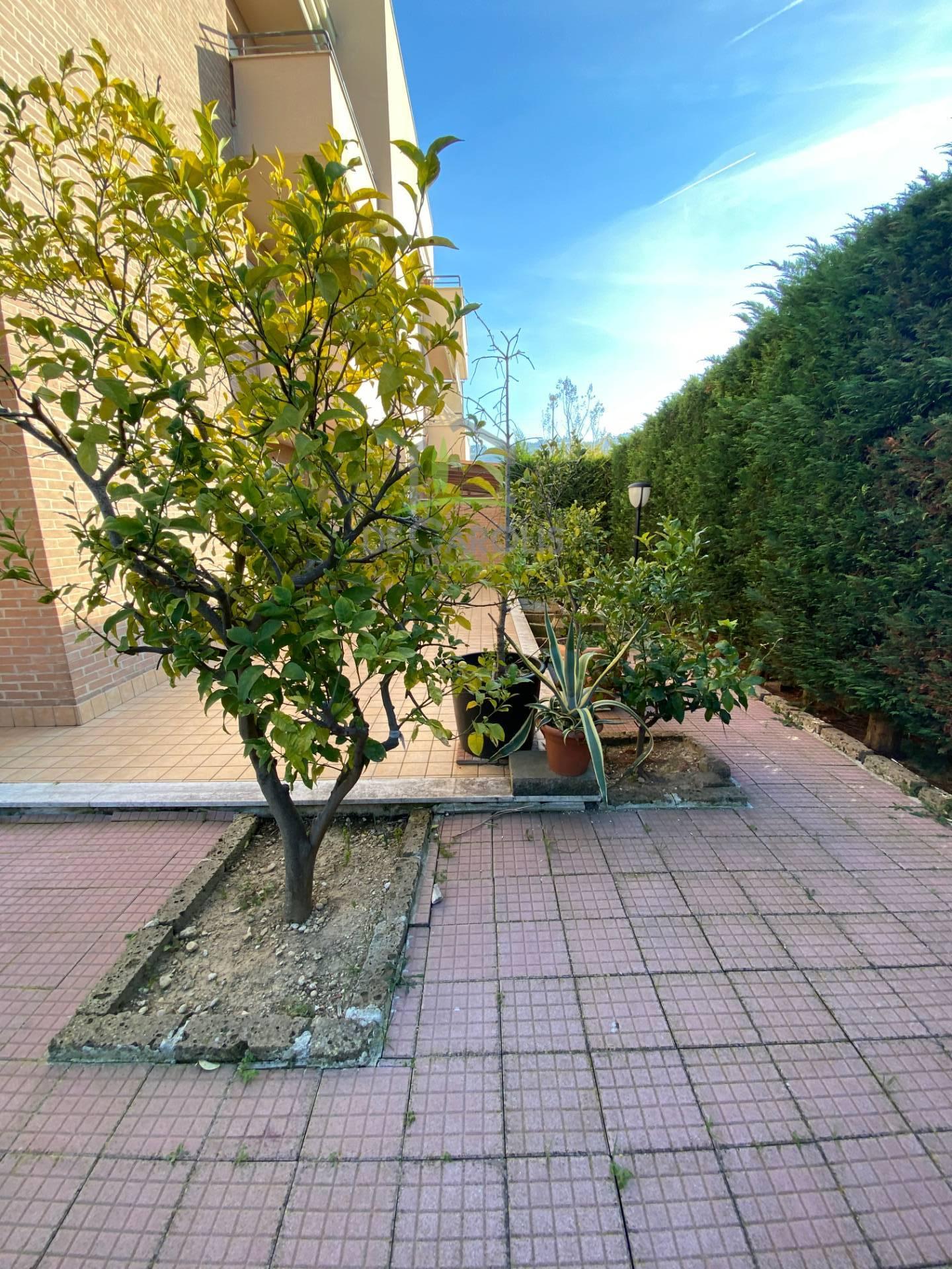 Appartamento in vendita a Grottammare, 5 locali, prezzo € 179.000 | PortaleAgenzieImmobiliari.it