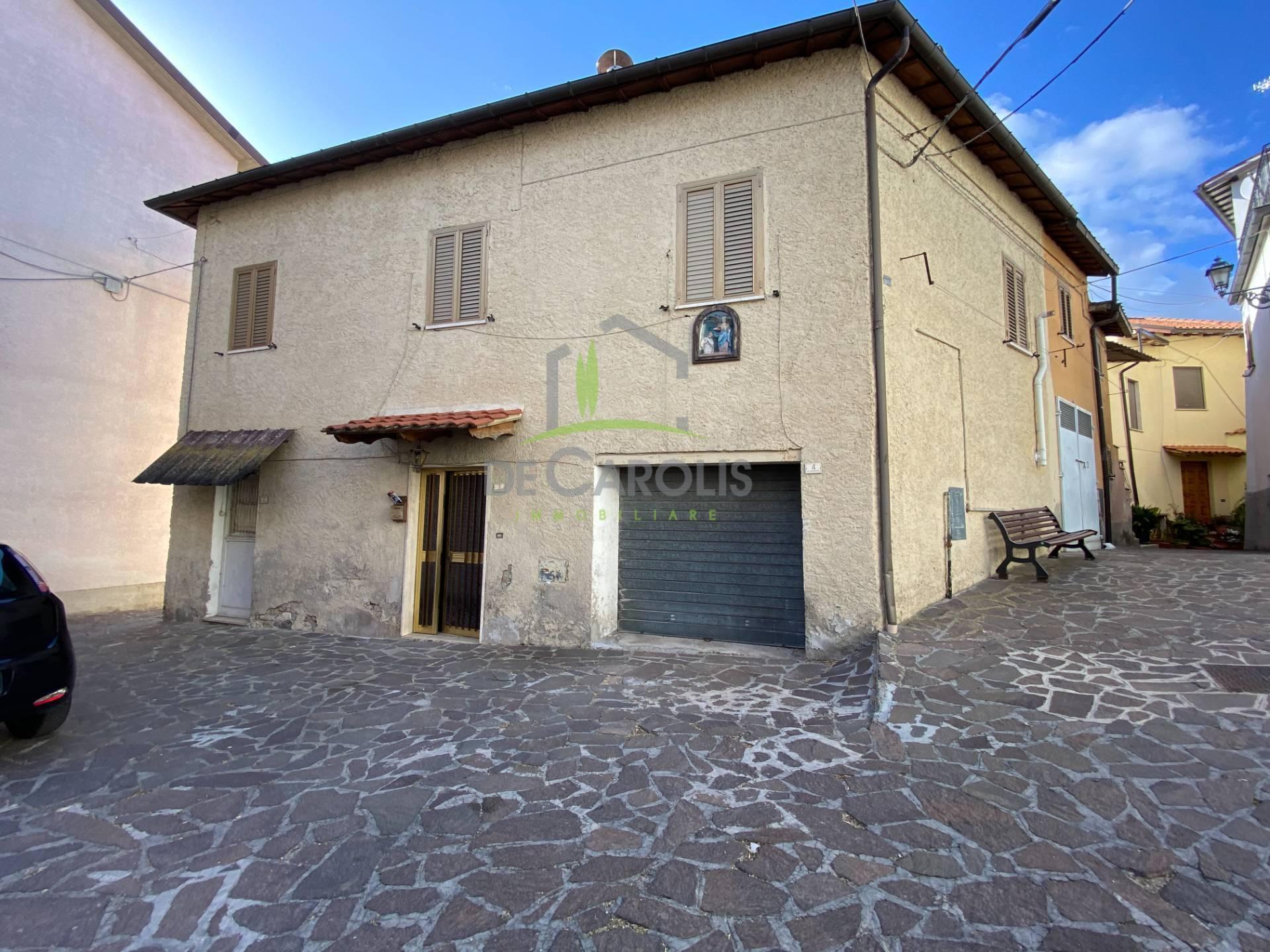 Casa indipendente in vendita a Maltignano (AP)