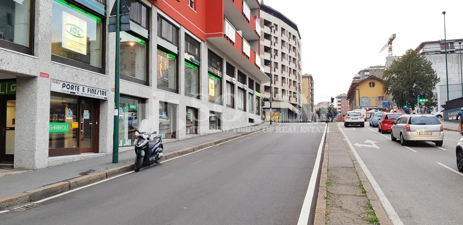 Negozio / Locale in vendita a Sesto San Giovanni, 2 locali, zona Località: cavalcaviagaribaldi, prezzo € 250.000 | CambioCasa.it