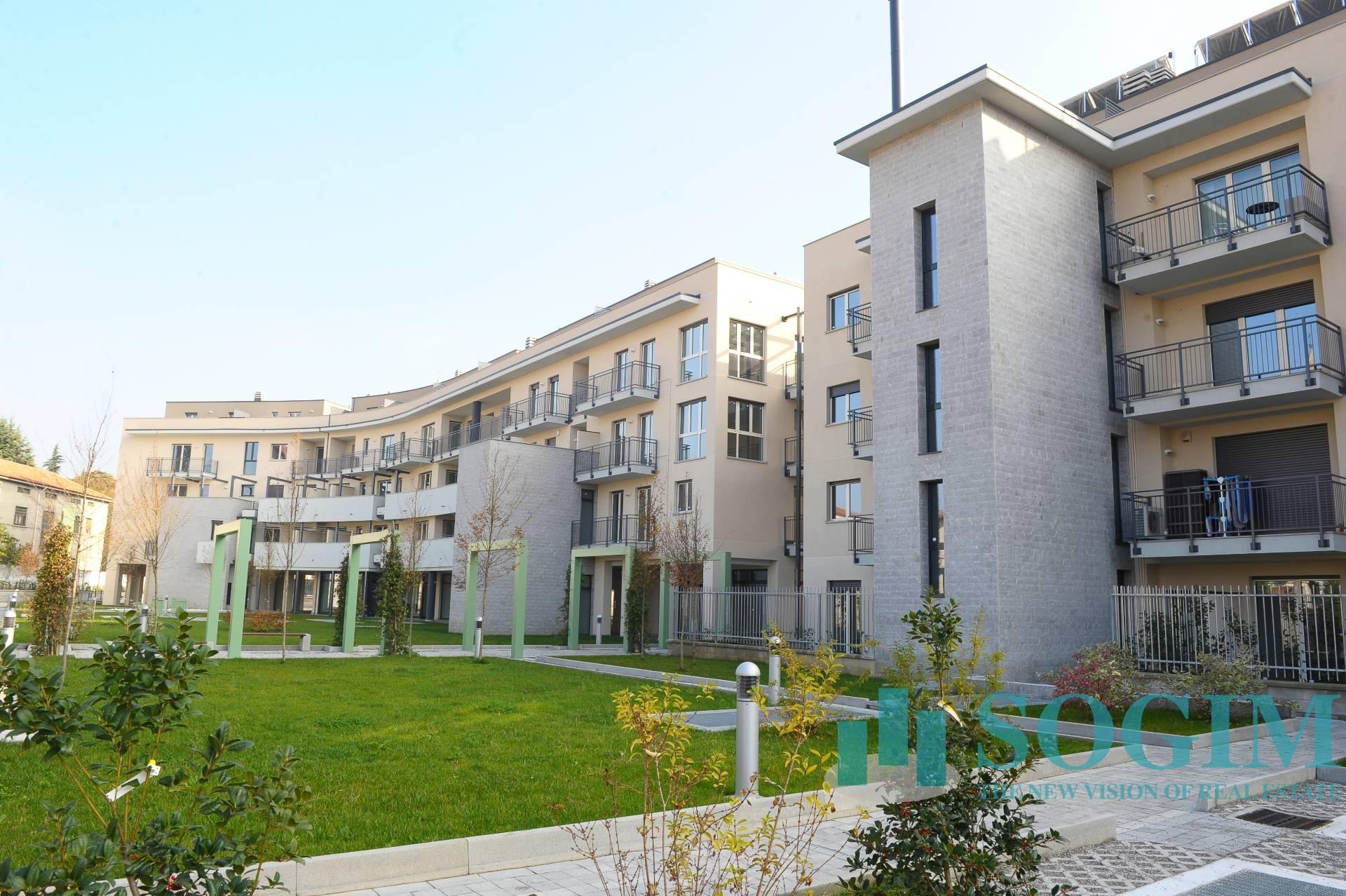 Immobile Commerciale in Vendita a Carugo  rif. 7565