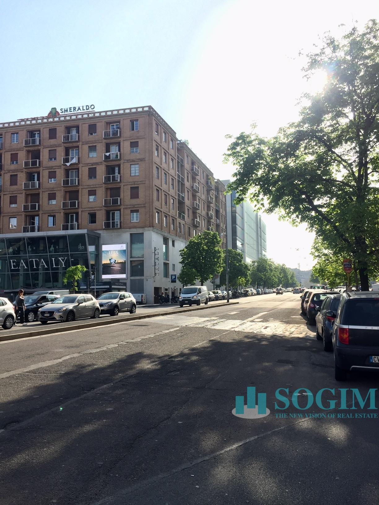 Immobile Commerciale in Vendita a Milano  rif. 8011
