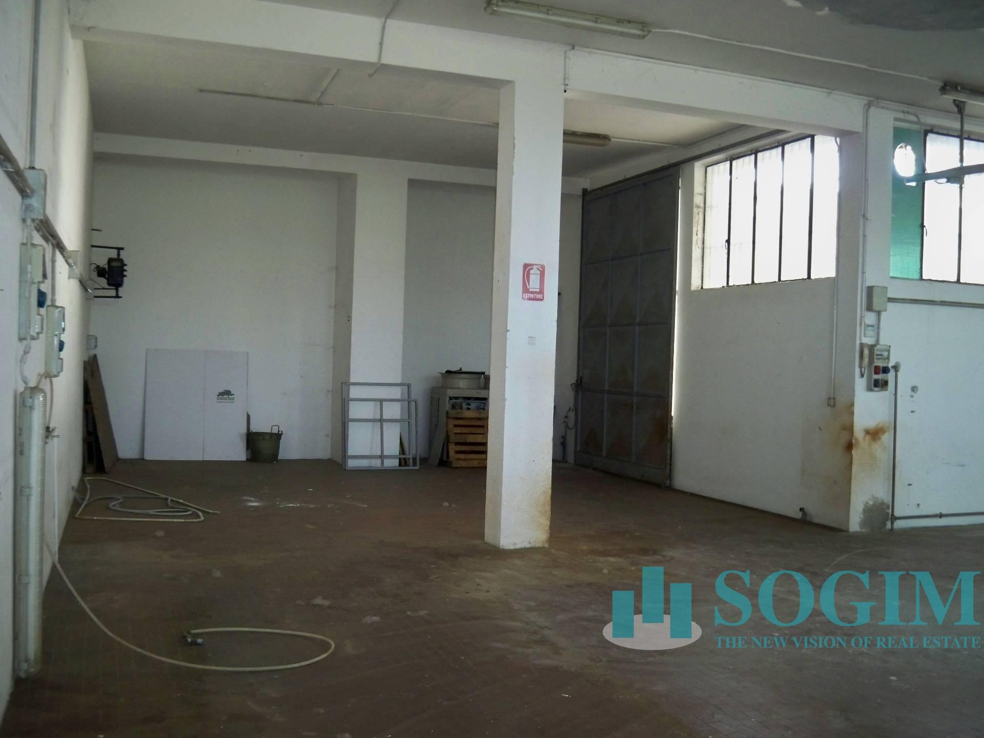 Capannone in Vendita a Cinisello Balsamo  rif. 8056
