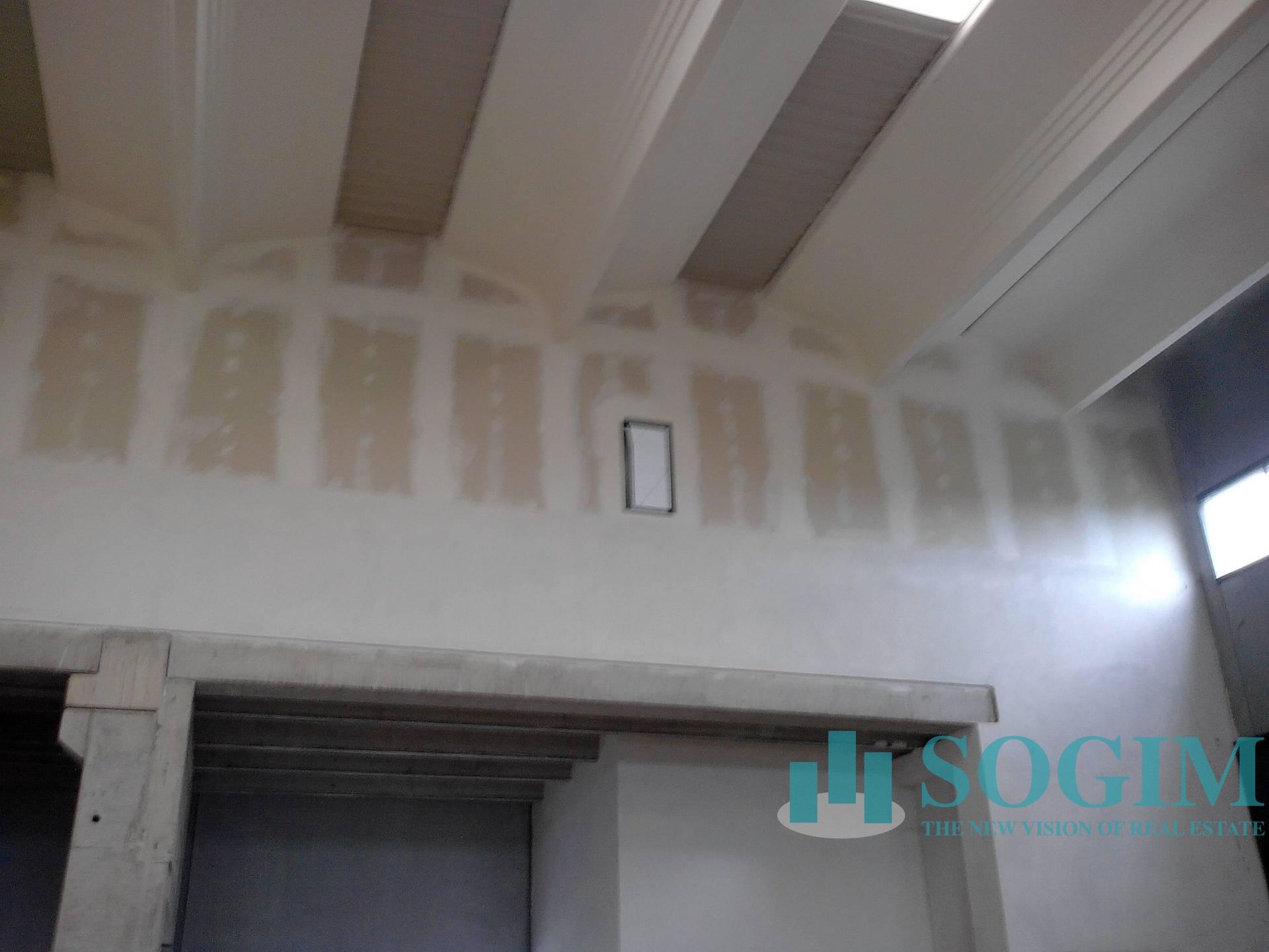 Capannone in Affitto a Abbiategrasso  rif. 8851