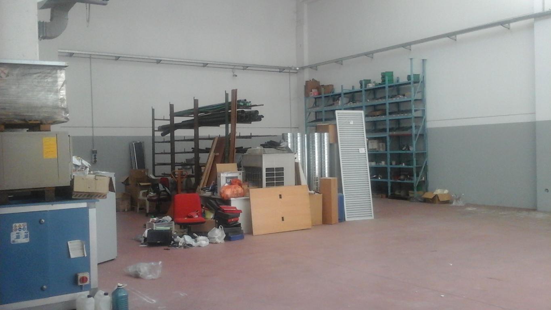 Capannone in Vendita a Vanzago  rif. 9044