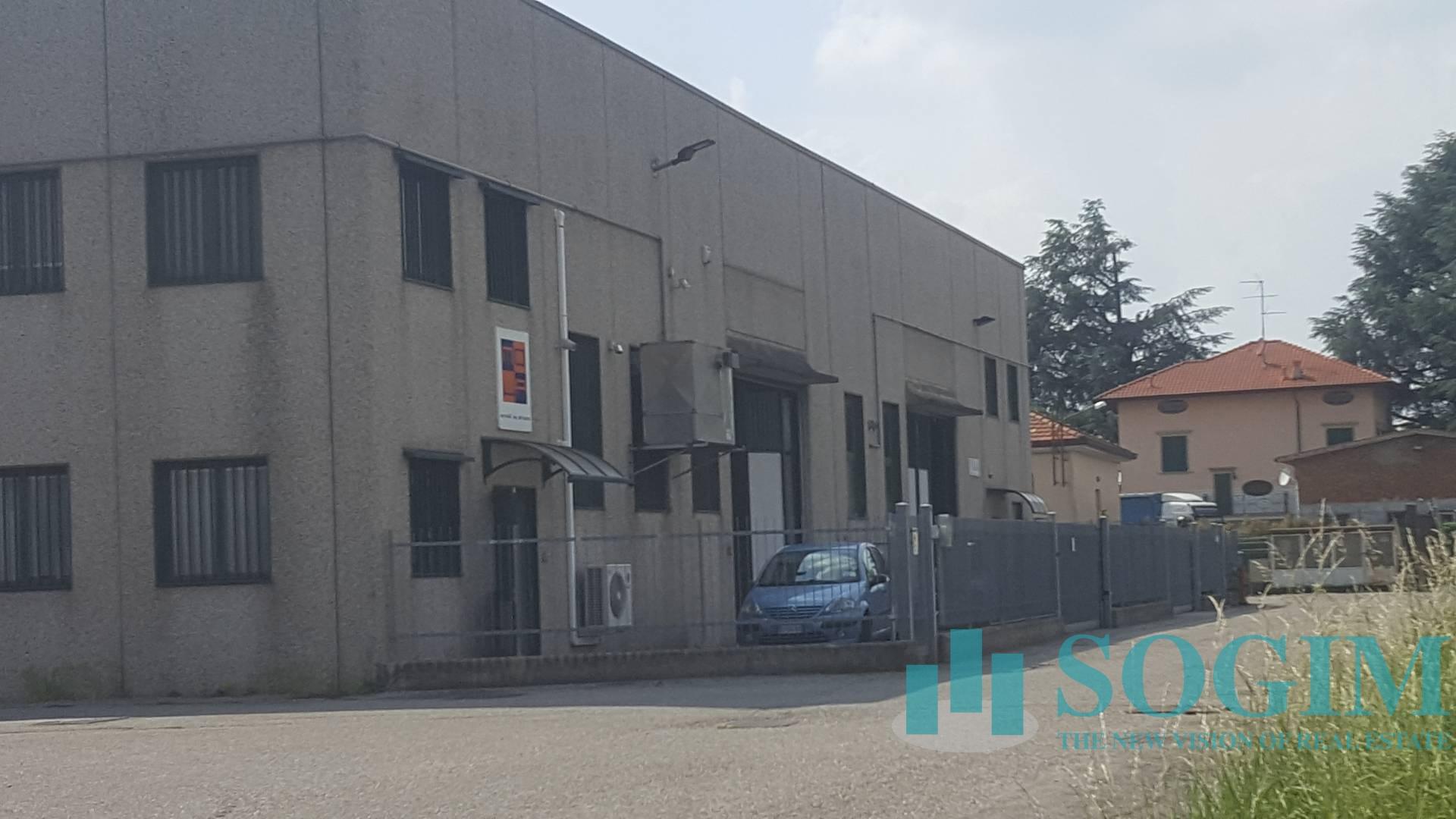 Capannone in Vendita a Bernareggio  rif. 9051
