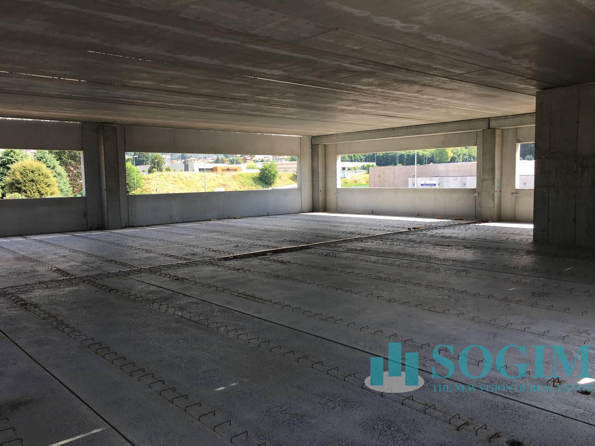 Immobile Commerciale in Affitto a Albavilla  rif. 9106