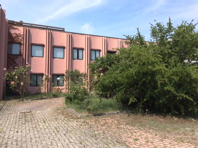 Capannone in Affitto a Peschiera Borromeo  rif. 9128
