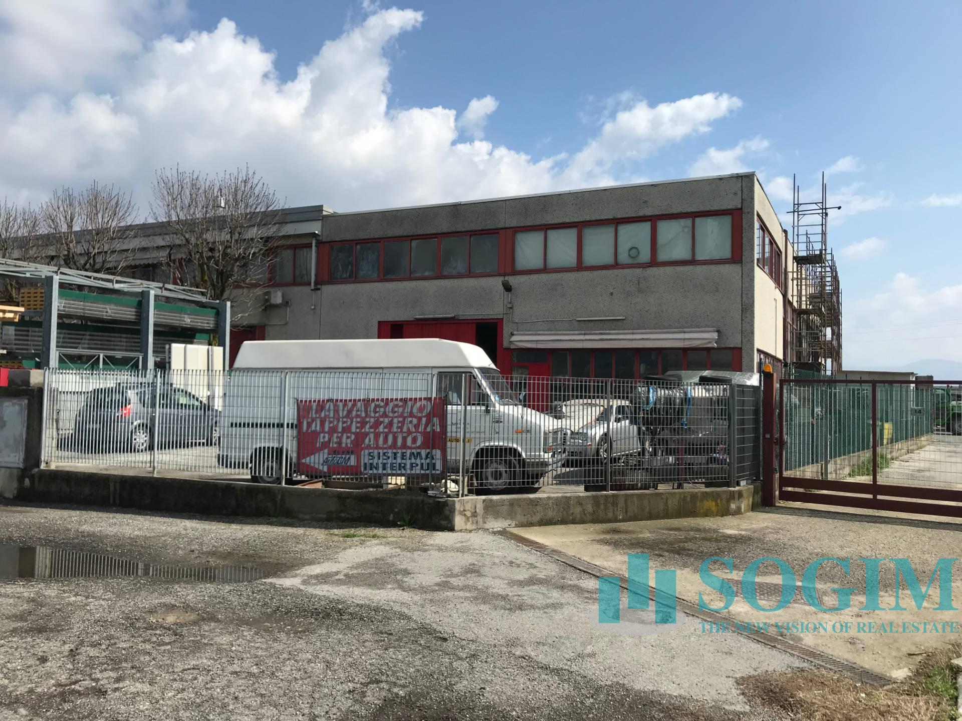 Capannone in Affitto a Erba  rif. 9162