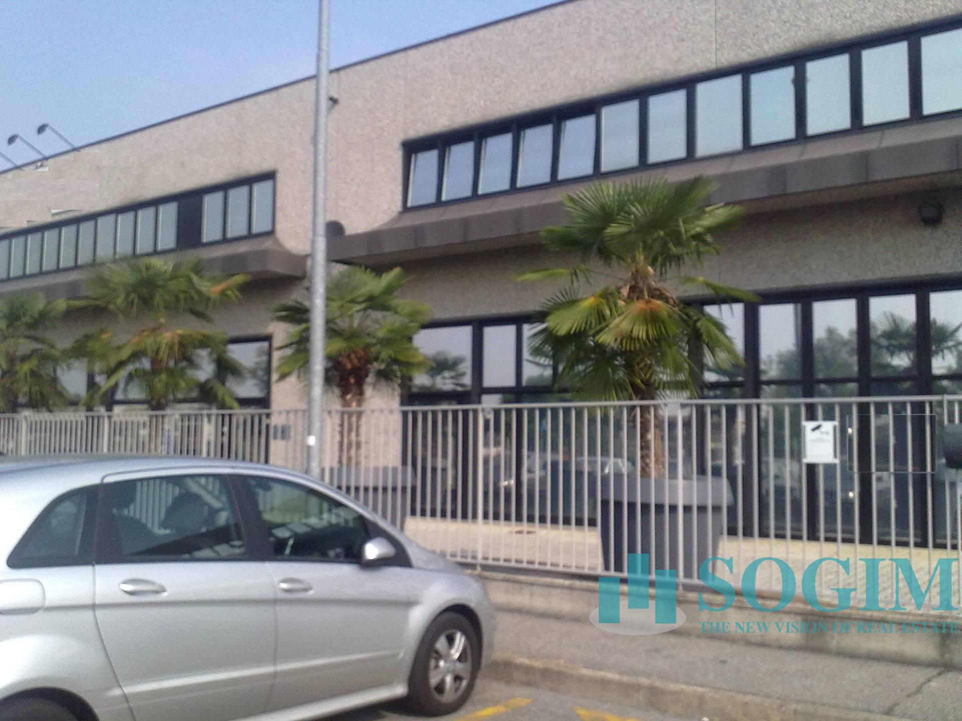 Capannone in Affitto a Zibido San Giacomo  rif. 9165