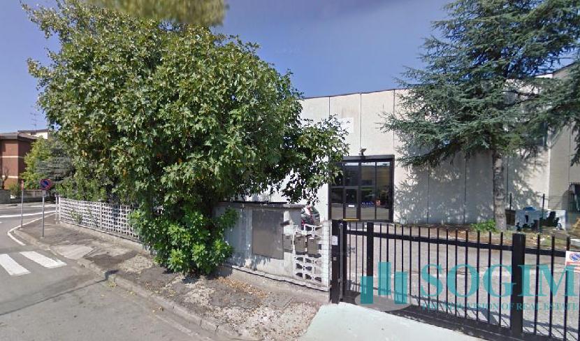 Capannone in Vendita a Zibido San Giacomo  rif. 9223