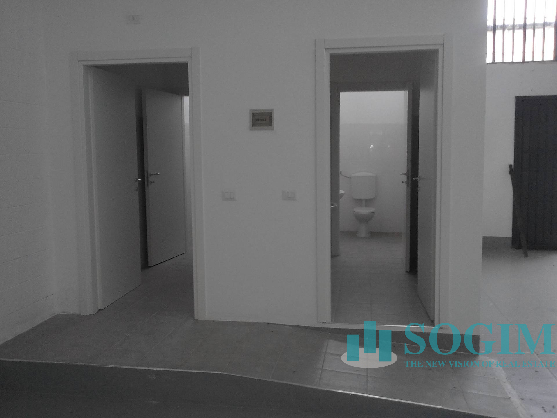 Immobile Commerciale in Affitto a Gaggiano  rif. 9303