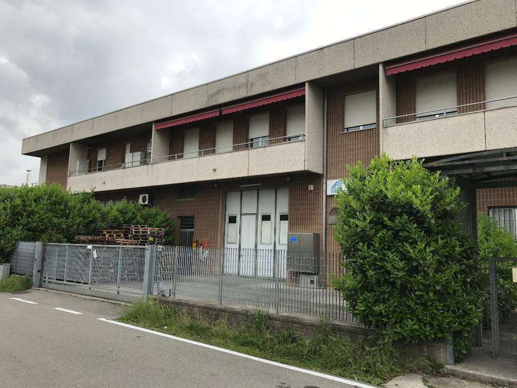 Capannone in Vendita a Saronno  rif. 9318