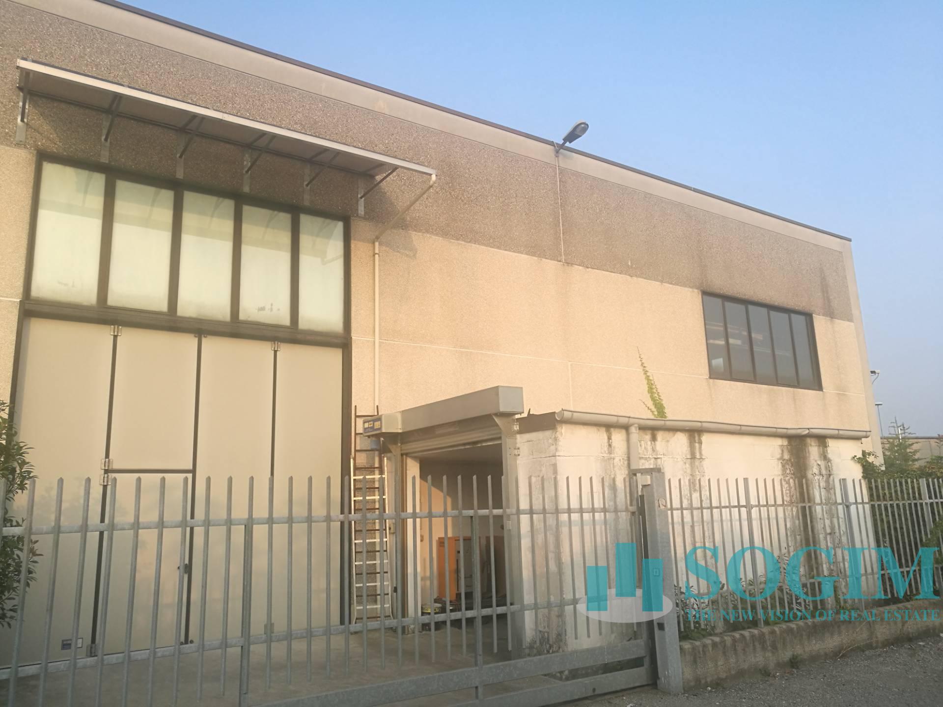 Capannone in Vendita a Cusano Milanino  rif. 8801