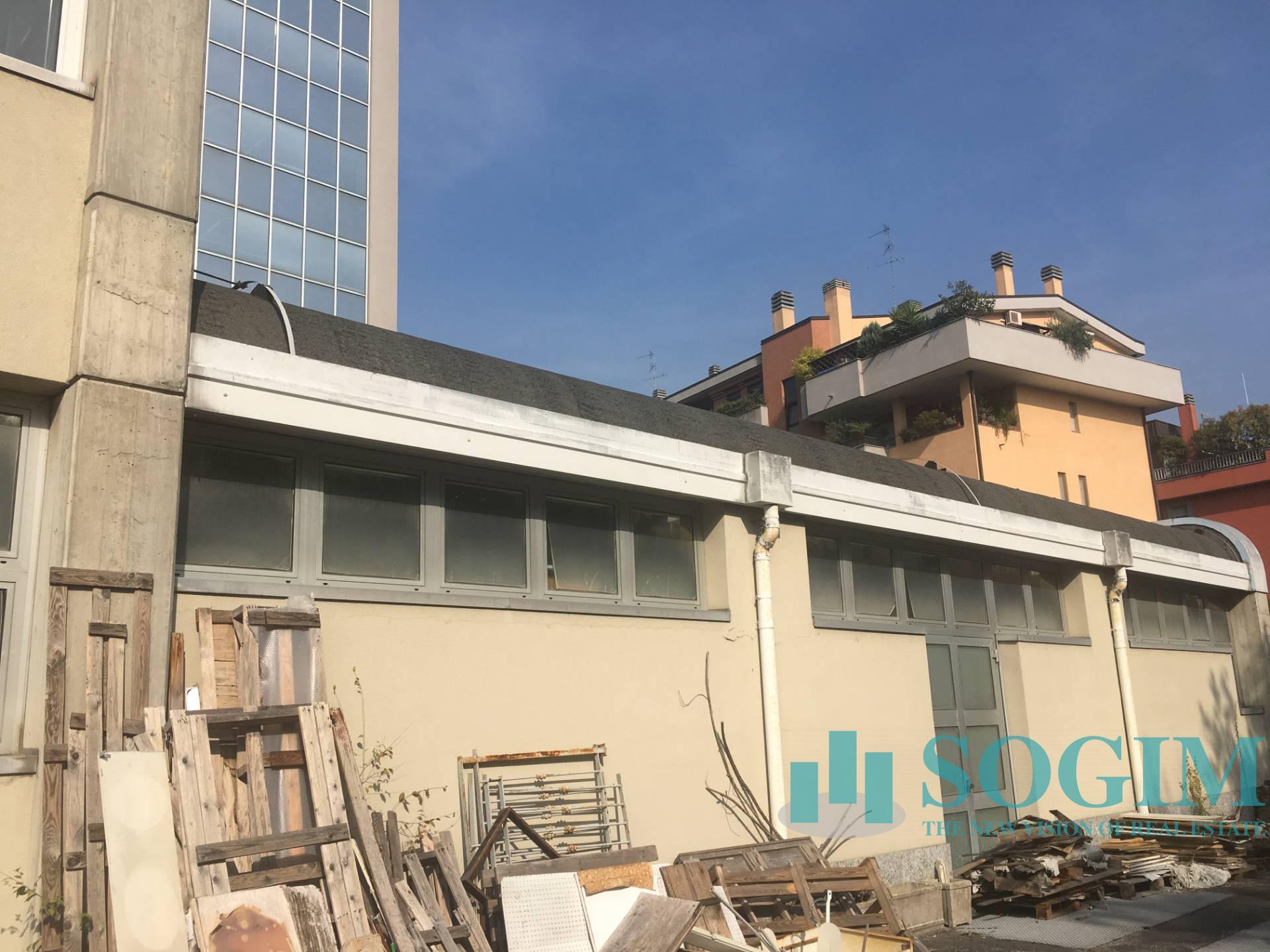 Capannone in Vendita a Milano  rif. 9343