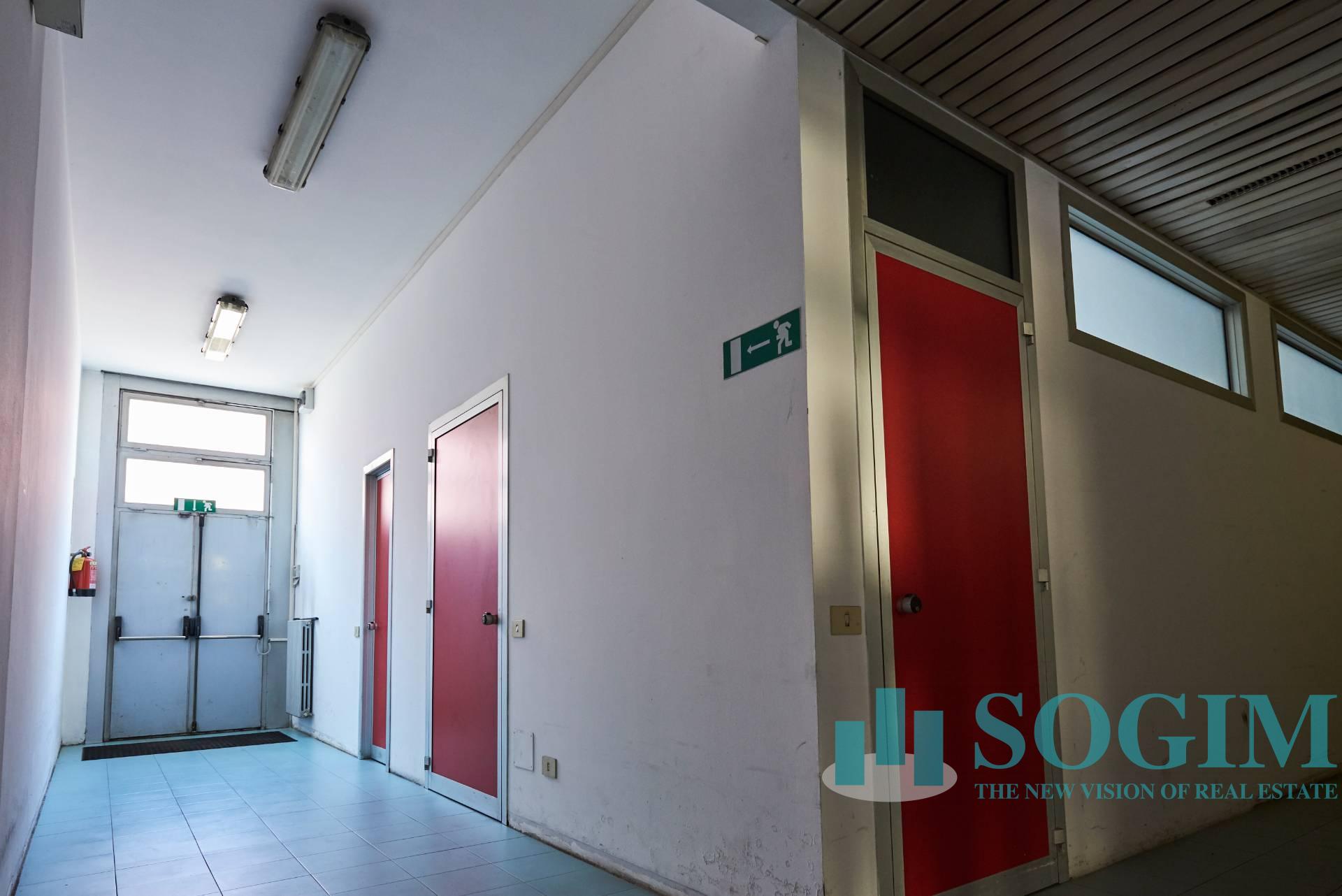 Ufficio in Affitto a Novate Milanese  rif. 9395