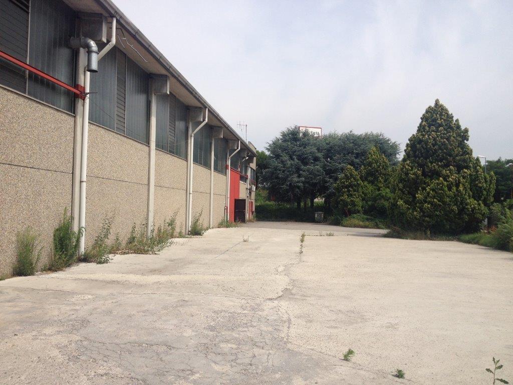 Capannone in Vendita a Agrate Brianza  rif. 9450