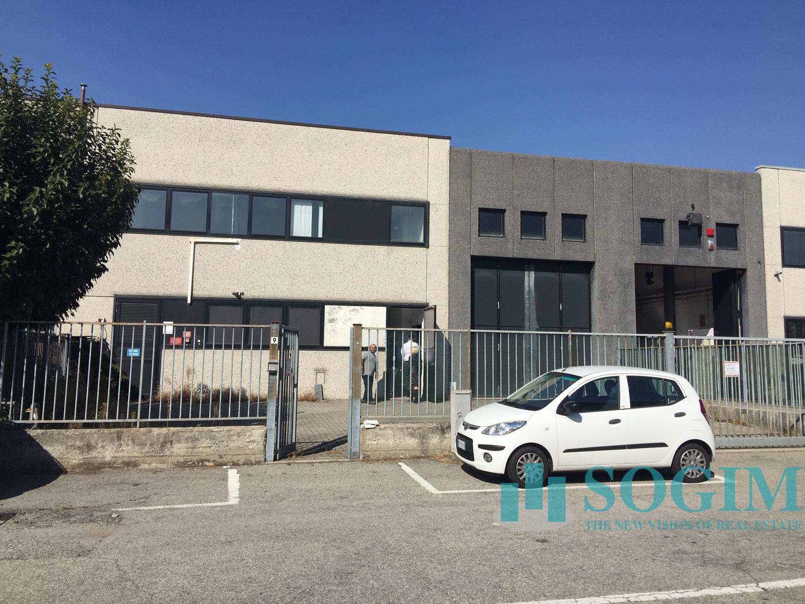 Capannone in Affitto a Cinisello Balsamo  rif. 9454