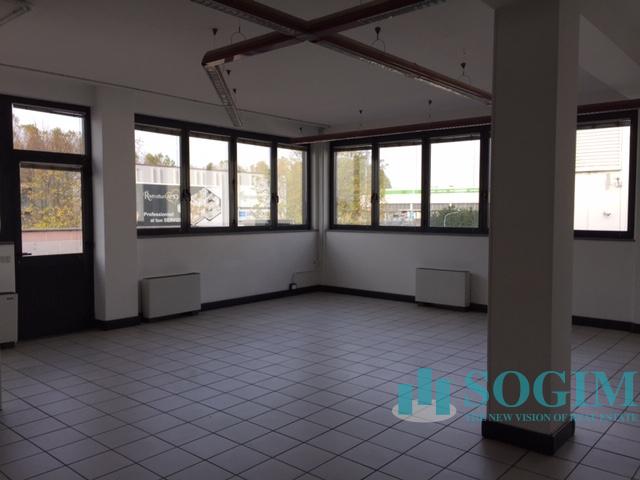 Immobile Commerciale in Affitto a Corsico  rif. 9459
