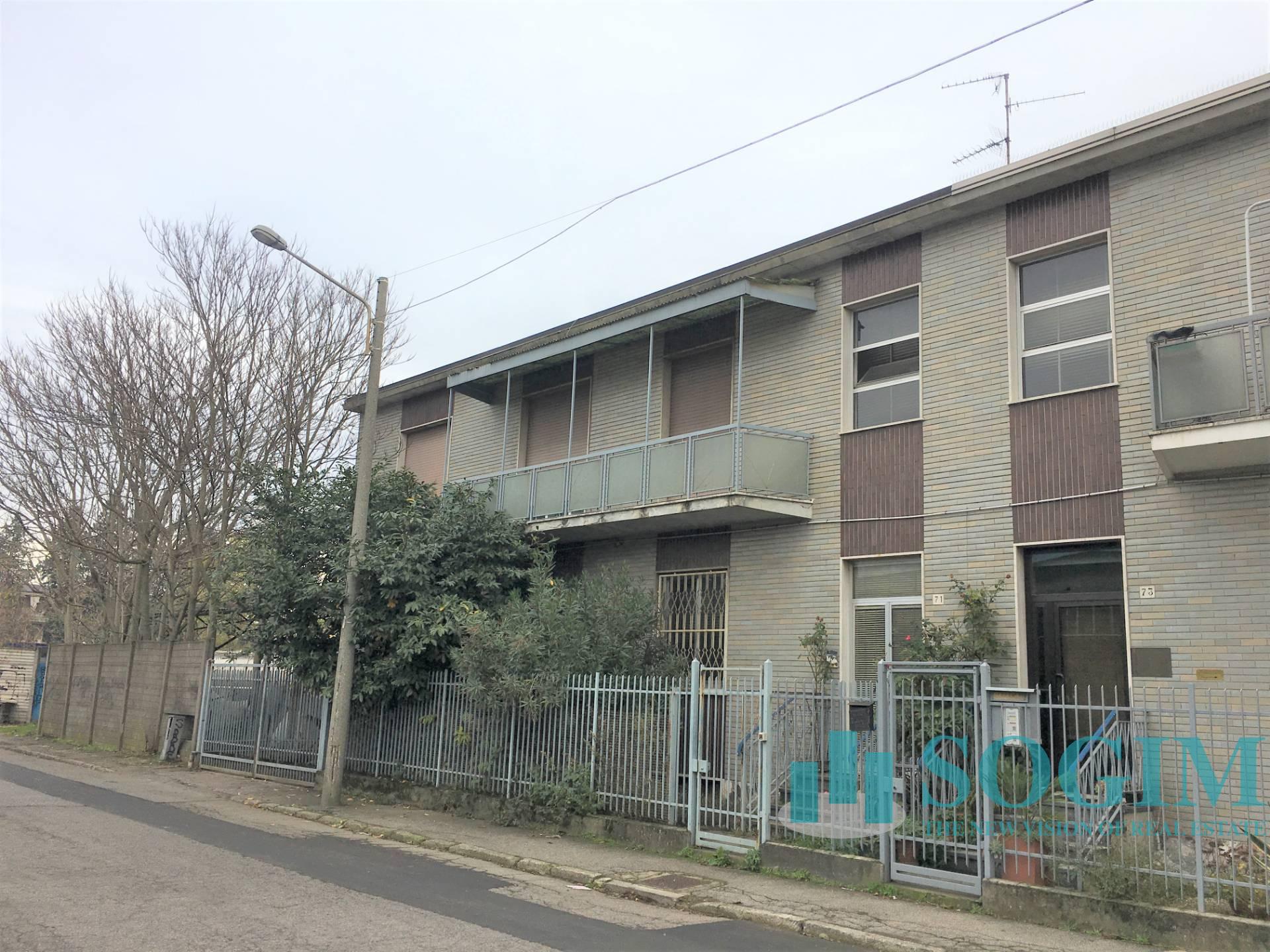 Capannone in Vendita a Rozzano  rif. 9464