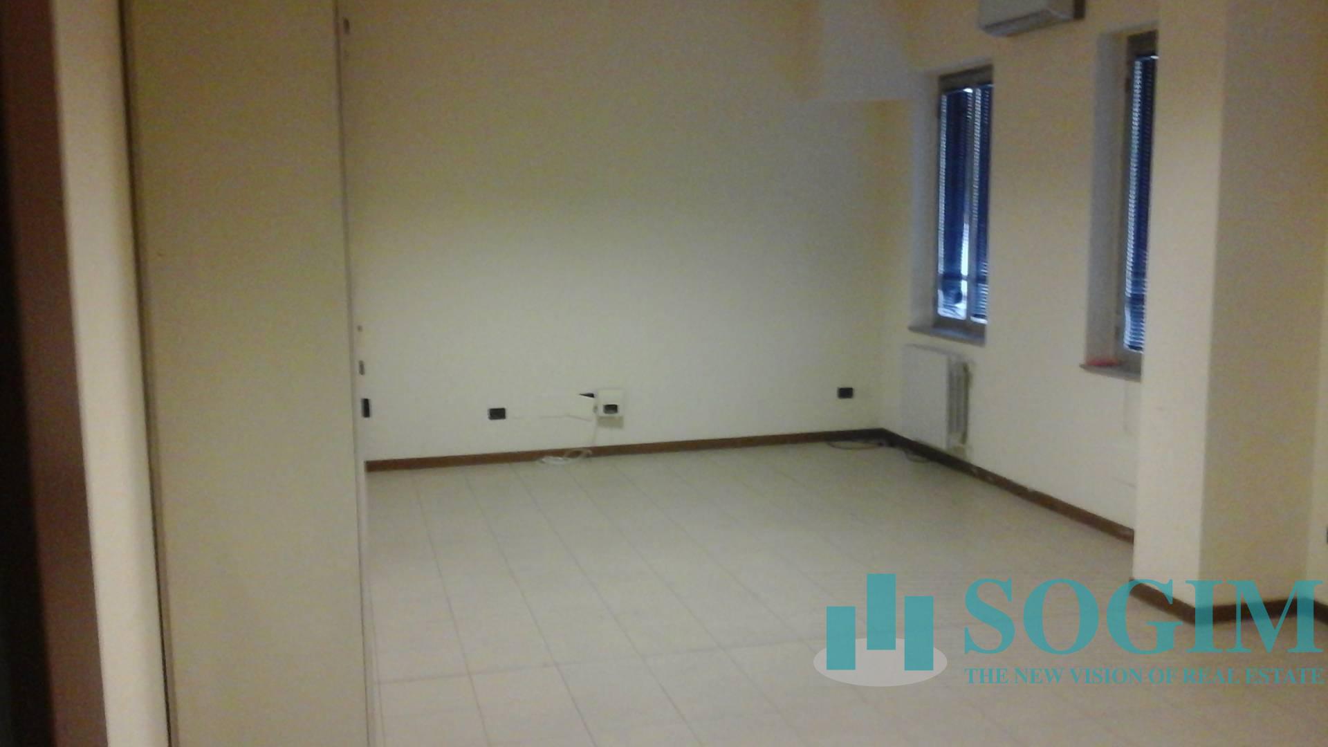 Capannone in Affitto a Corsico  rif. 9468