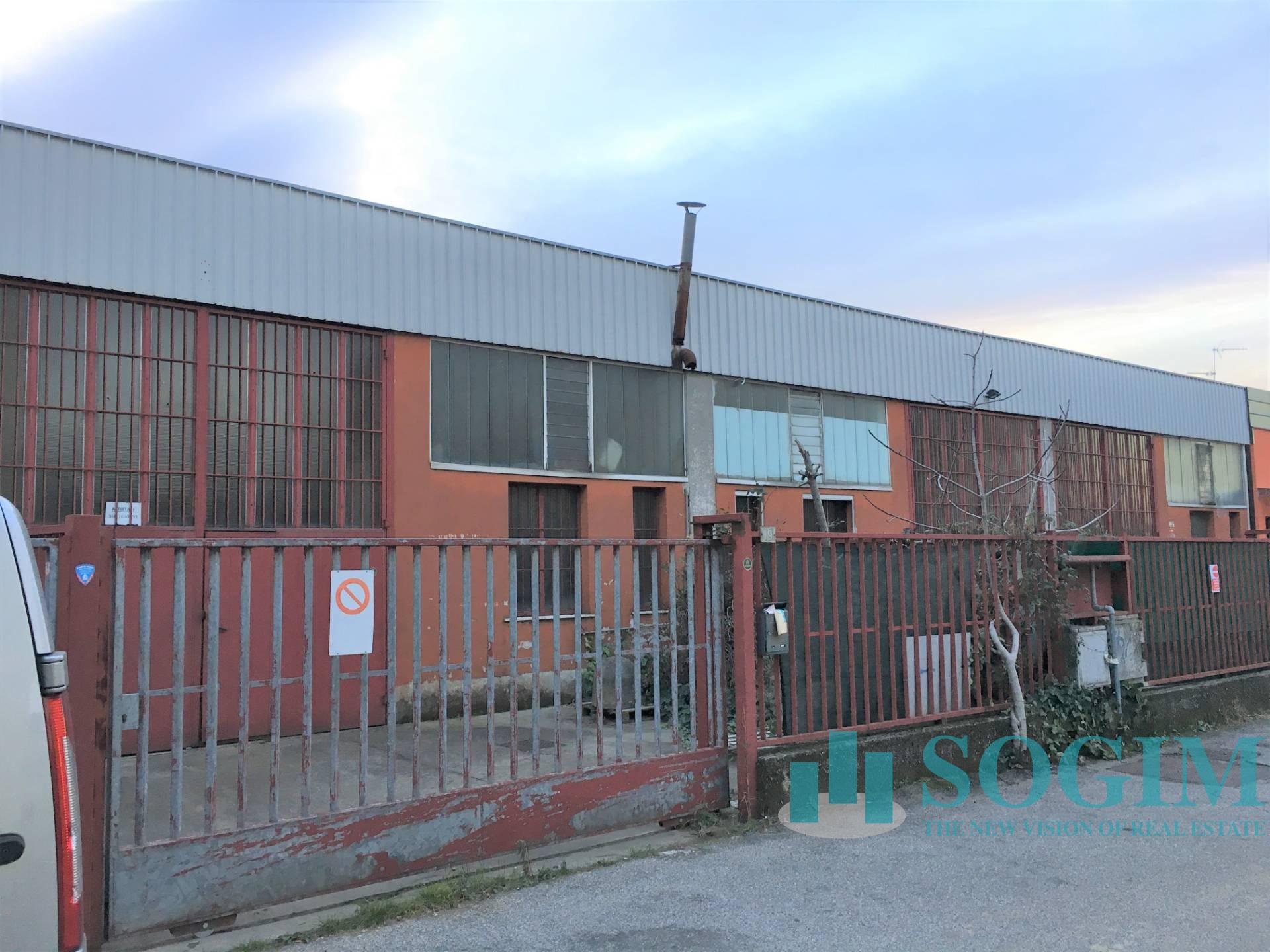 Capannone in Vendita a Pieve Emanuele  rif. 9511