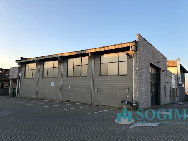 Immobile Commerciale in Affitto a Solaro  rif. 9522