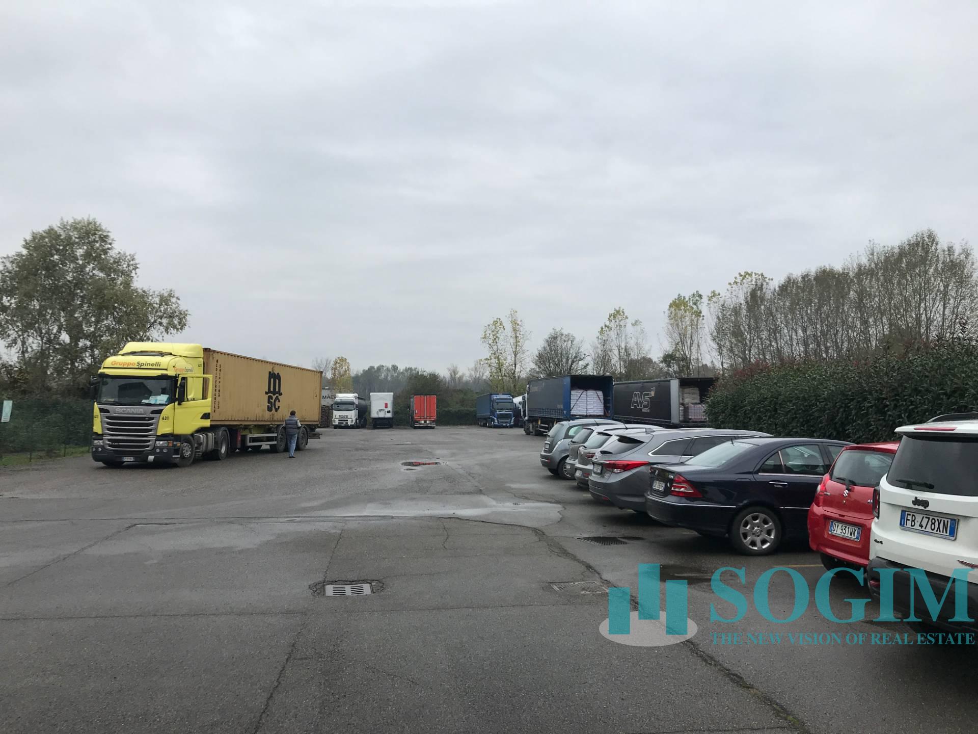 Capannone in Vendita a Cesano Maderno  rif. 9560