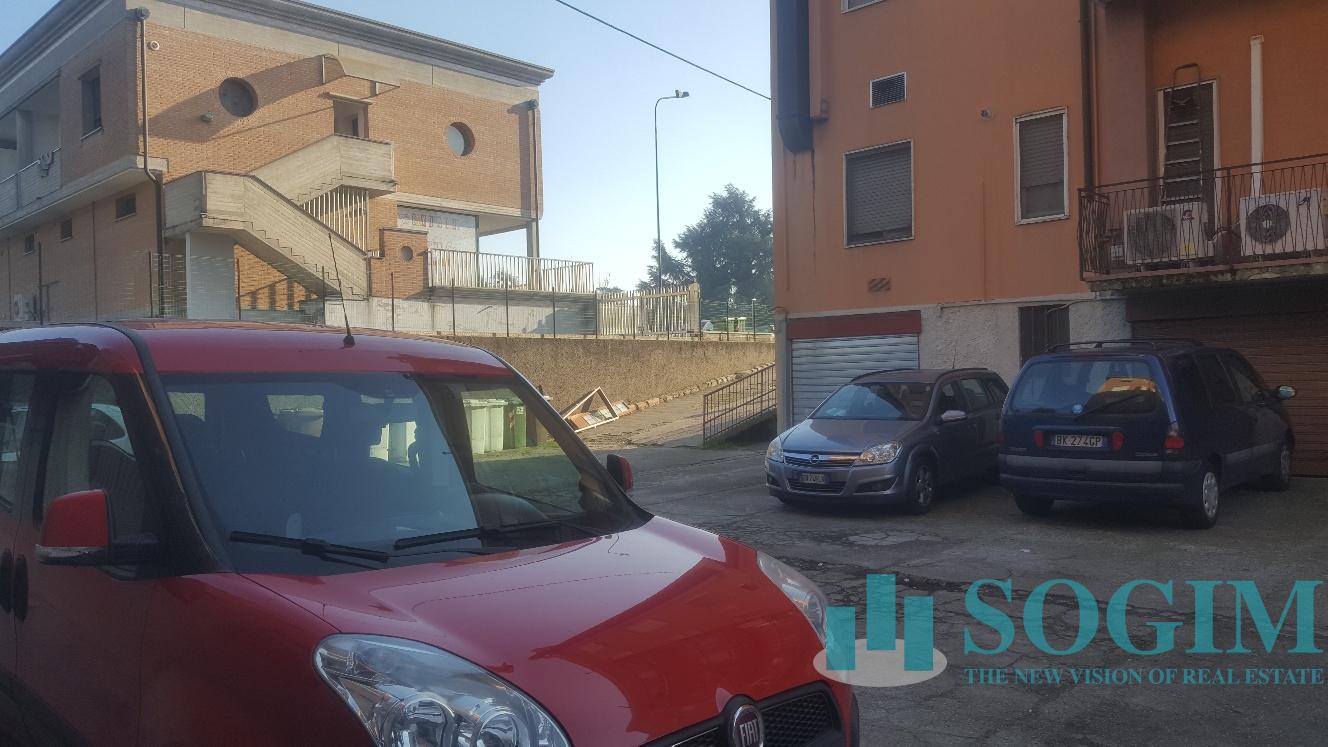 Capannone in Vendita a Bellusco  rif. 9571