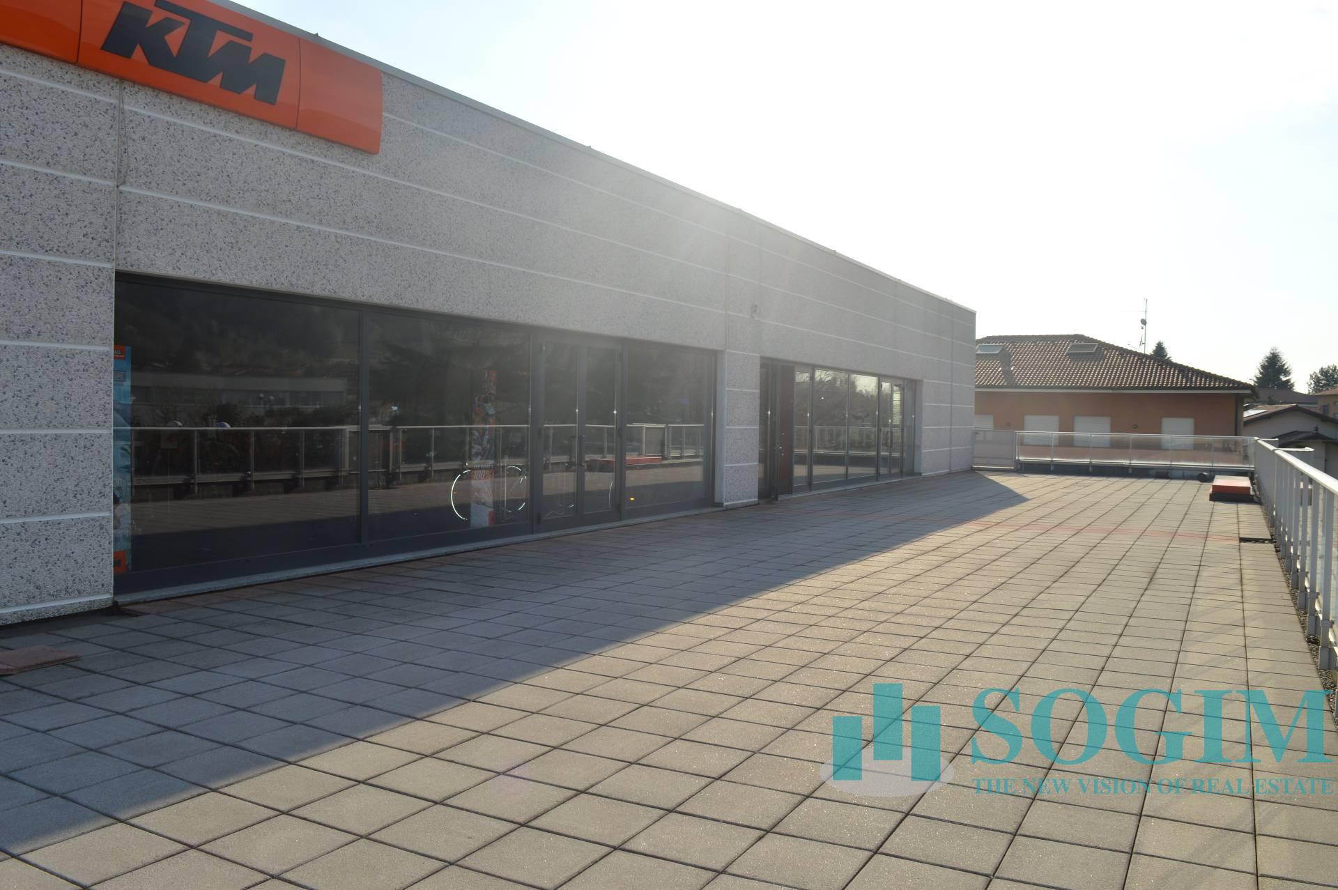 Immobile Commerciale in Affitto a Albavilla  rif. 19853