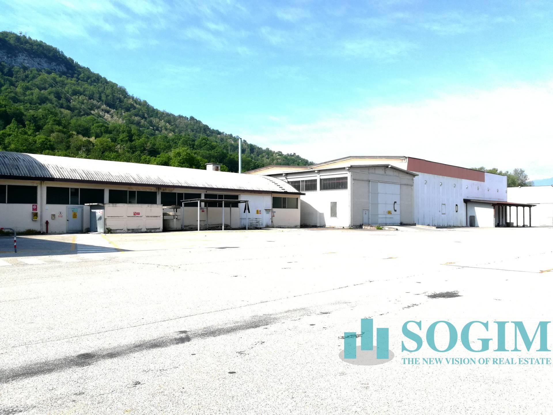 Capannone in vendita a Cittiglio, 9999 locali, prezzo € 2.900.000 | PortaleAgenzieImmobiliari.it