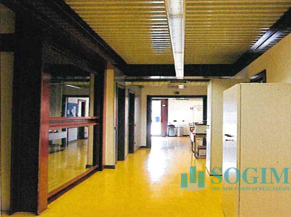Ufficio in Affitto a Pero  rif. 20004