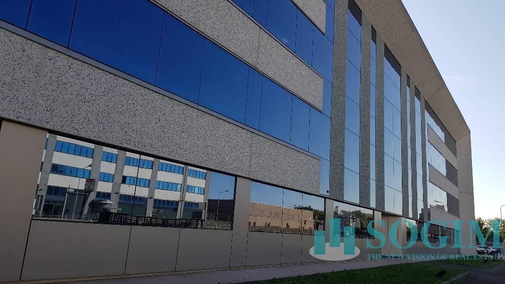 Ufficio in Affitto a Cornate d'Adda  rif. 20044