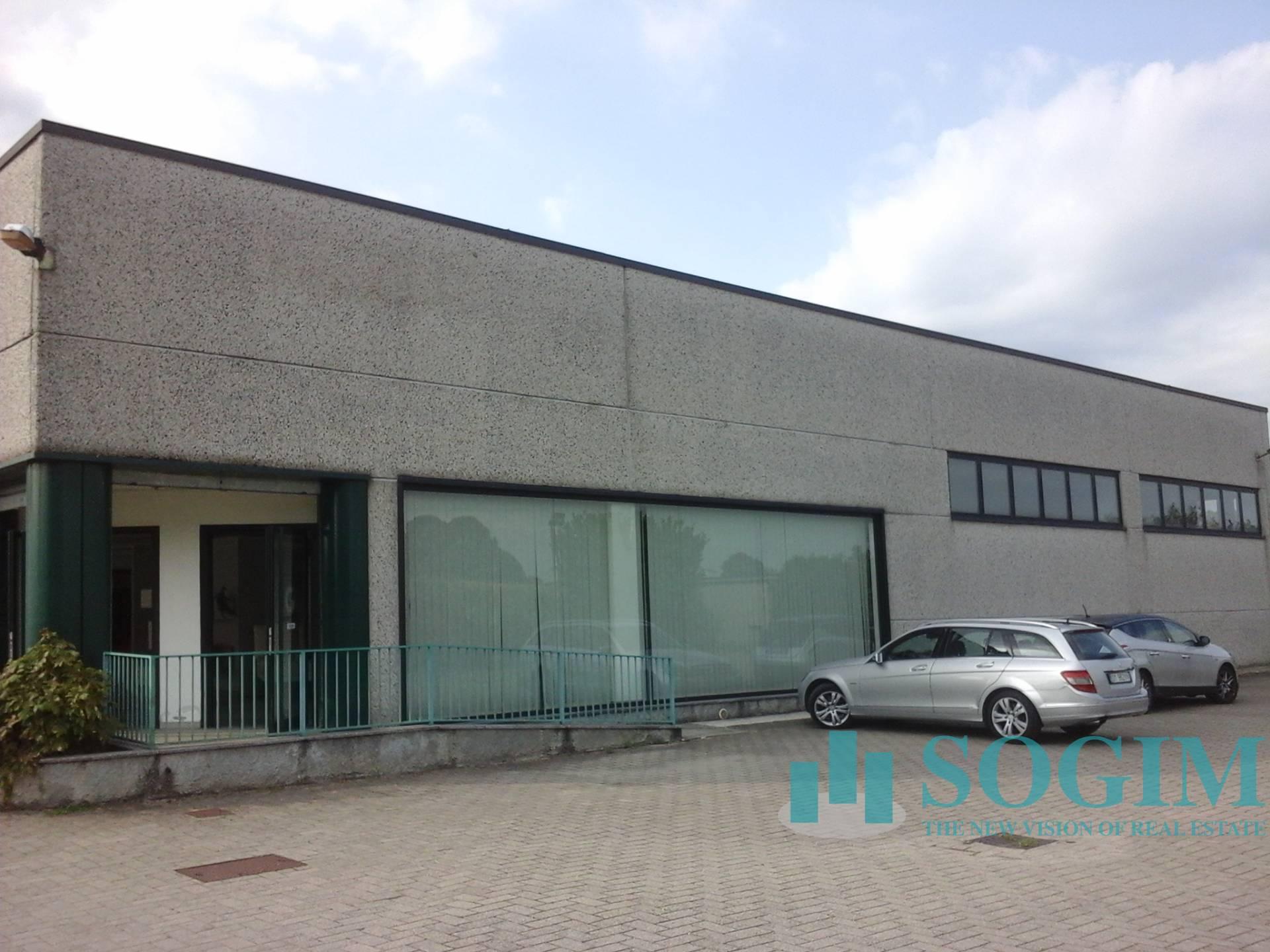 Negozio / Locale in vendita a Robecco sul Naviglio, 9999 locali, prezzo € 1.500.000 | PortaleAgenzieImmobiliari.it