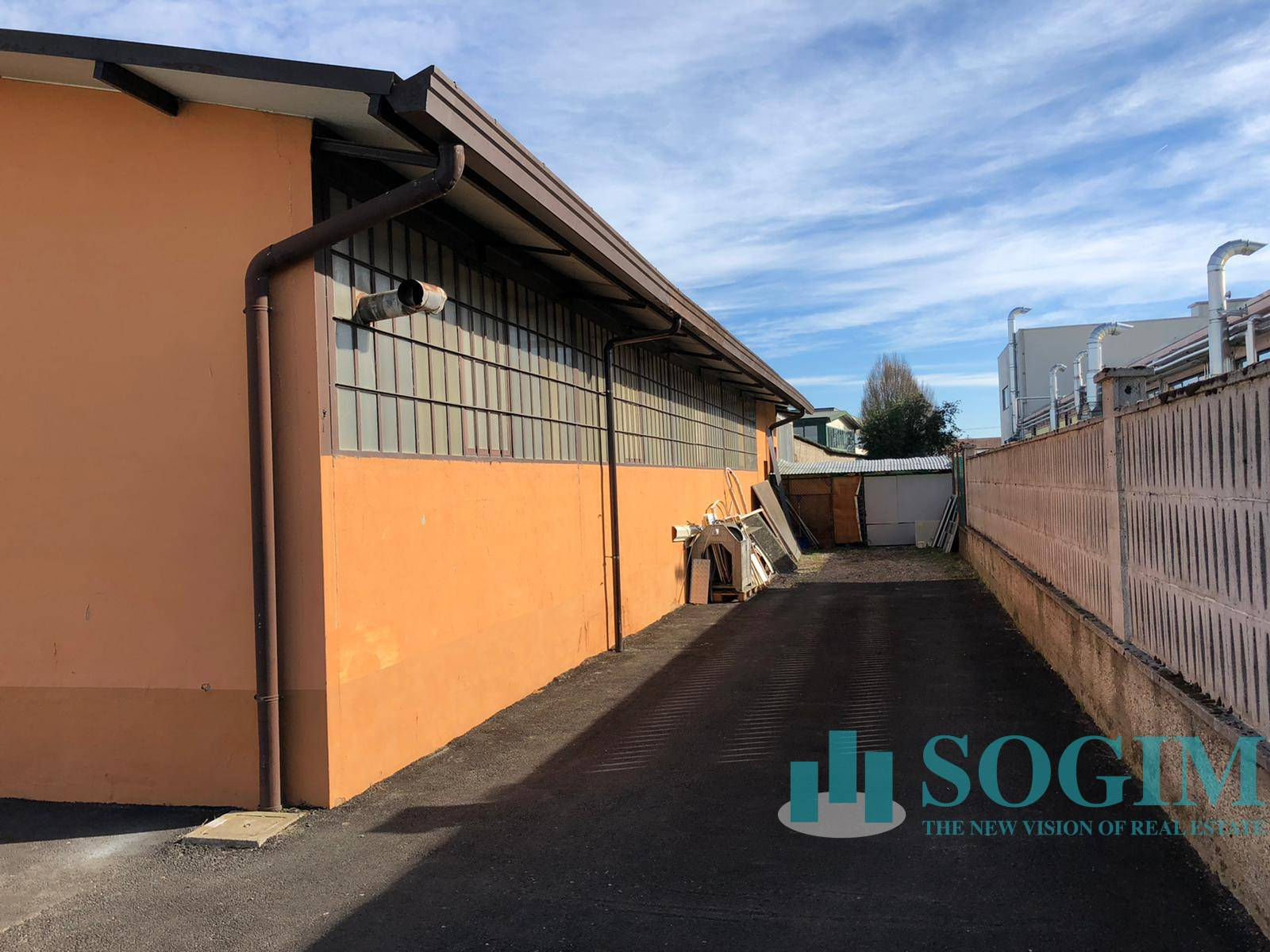 Capannone in vendita a Casarile, 9999 locali, prezzo € 169.000   PortaleAgenzieImmobiliari.it