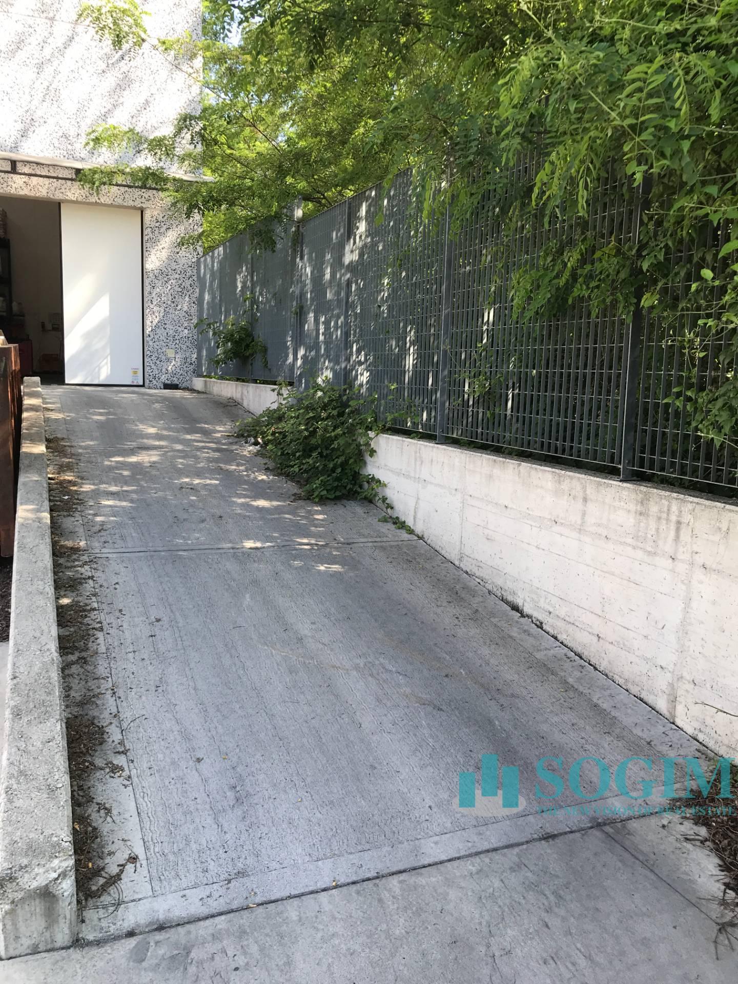 Capannone in Vendita a Novate Milanese  rif. 20387