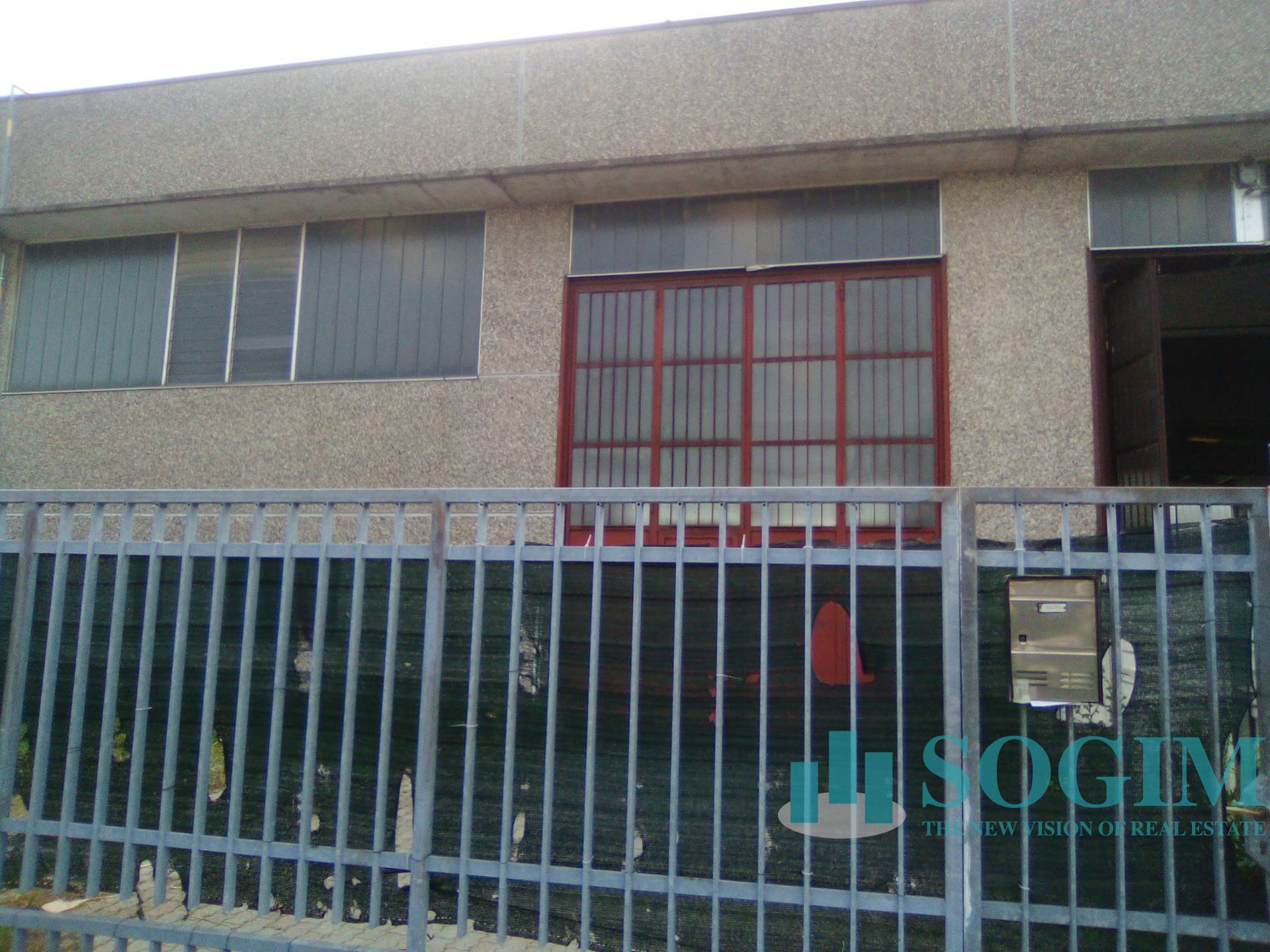Capannone in affitto a Rosate, 9999 locali, prezzo € 1.200 | PortaleAgenzieImmobiliari.it