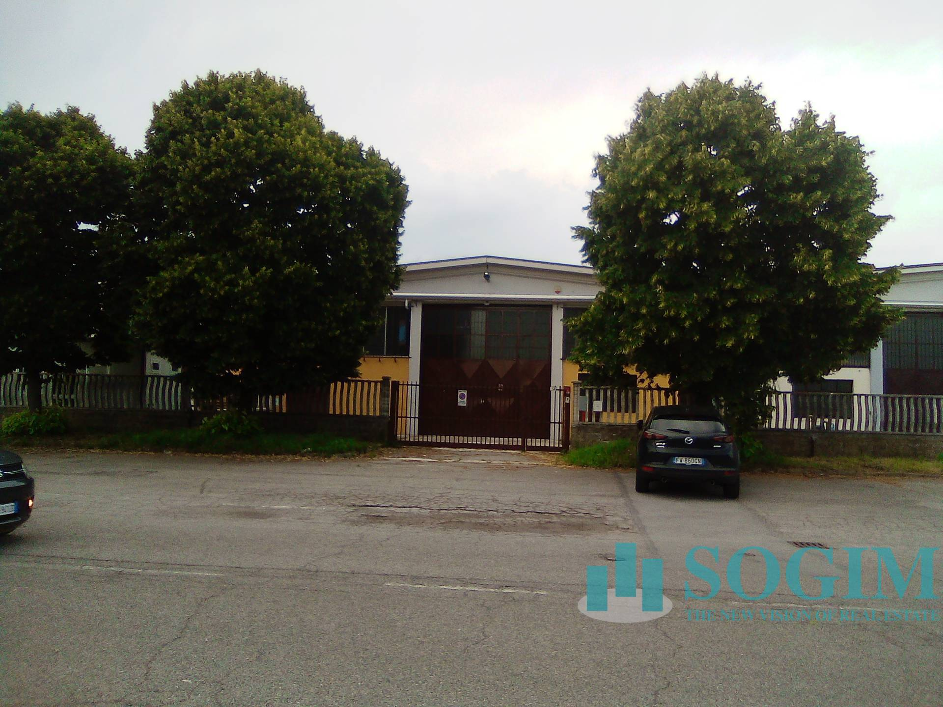 Capannone in affitto a Rosate, 9999 locali, prezzo € 2.200   PortaleAgenzieImmobiliari.it