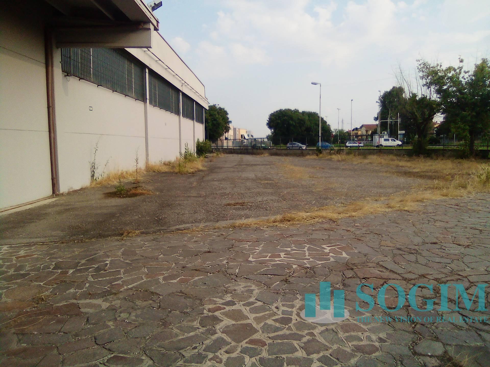 Capannone in vendita a Gaggiano, 9999 locali, zona Località: ViganoCertosino, prezzo € 2.390.000   PortaleAgenzieImmobiliari.it