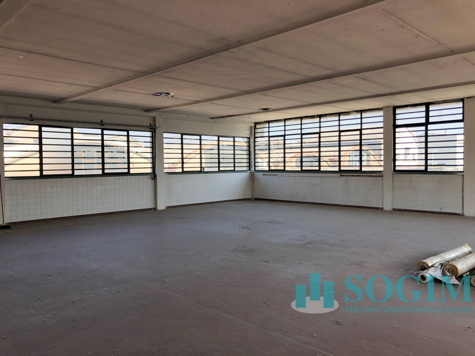 Magazzino in vendita a Pieve Emanuele, 9999 locali, zona Località: FIZZONASCO, prezzo € 95.000   PortaleAgenzieImmobiliari.it