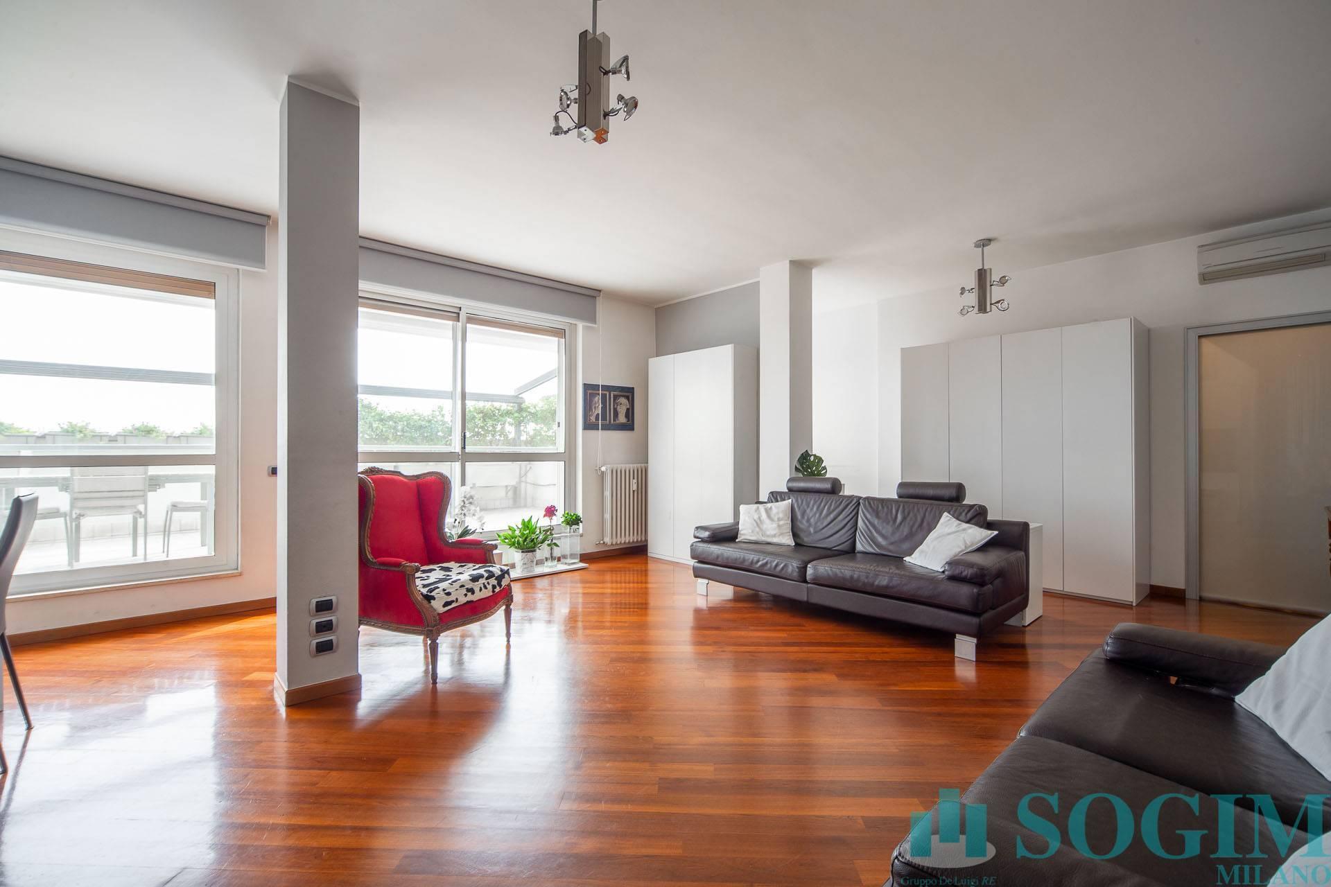 Appartamento in vendita a Sesto San Giovanni, 4 locali, prezzo € 528.000 | PortaleAgenzieImmobiliari.it