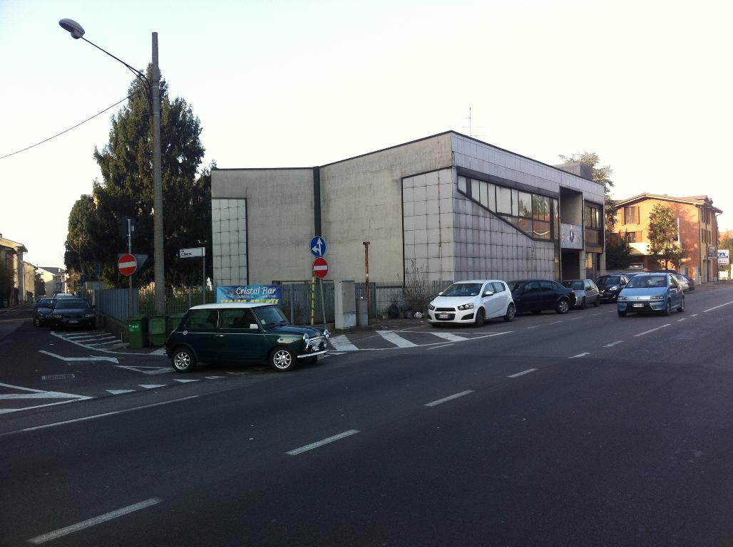 Capannone in vendita a Gerenzano, 9999 locali, Trattative riservate | PortaleAgenzieImmobiliari.it