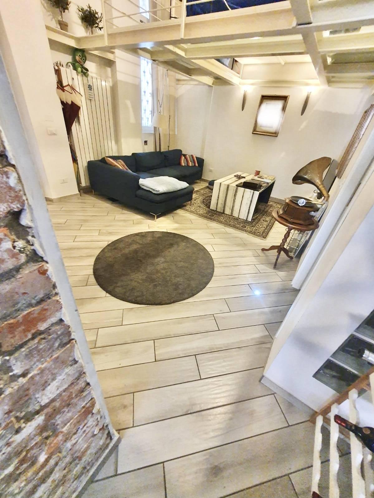 Loft / Open Space in Vendita a Milano   Rif. M20355